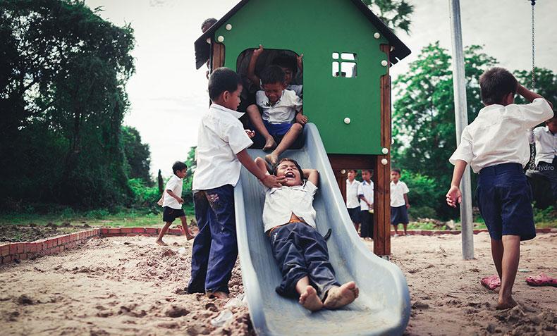 CSR-cambodiadonation-slider2.jpg